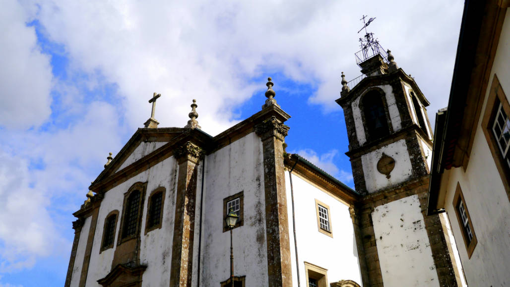church Valenca old town