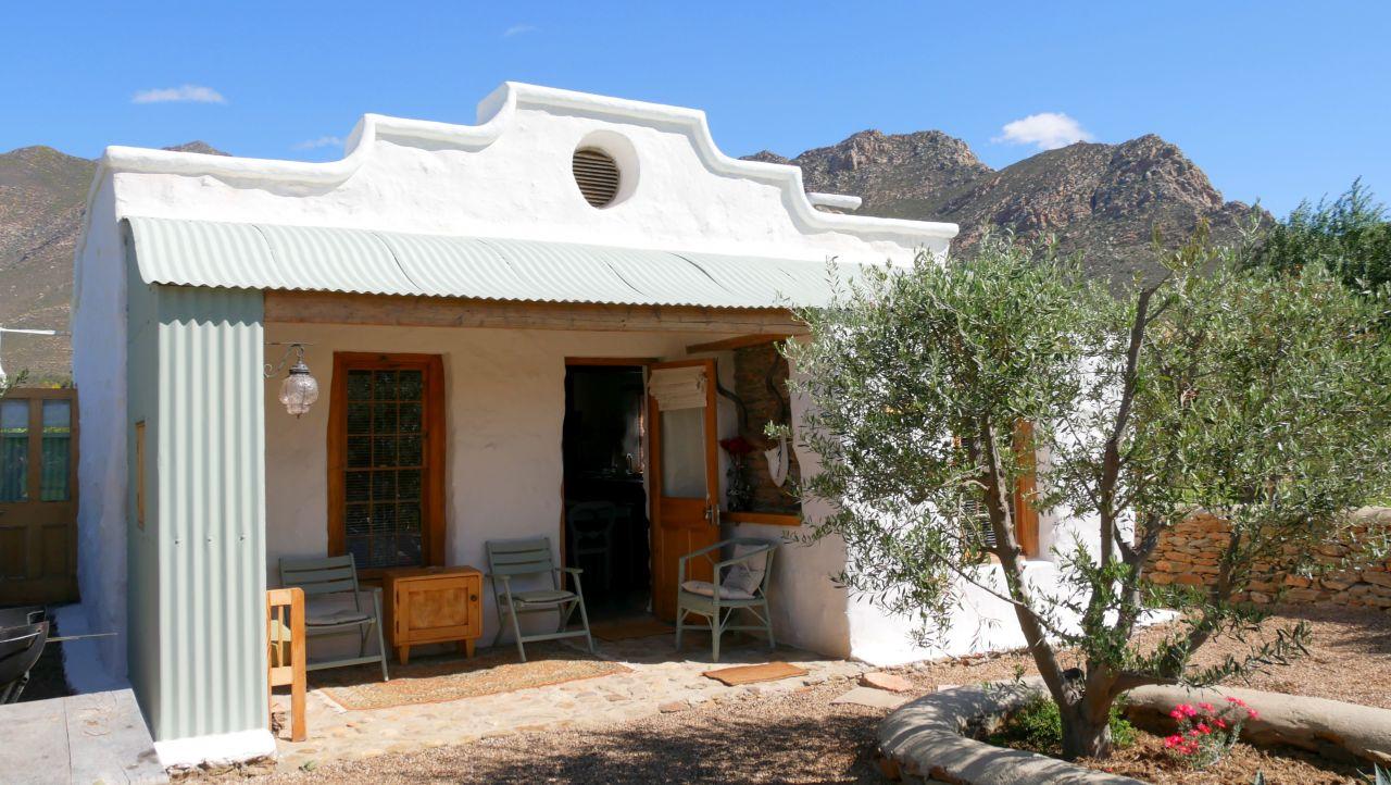 Montagu Olive Stone Farm cottage