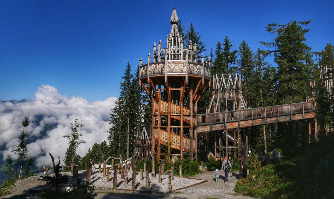 Zillertal Tirol Oostenrijk Fichtenschloss speeltuin