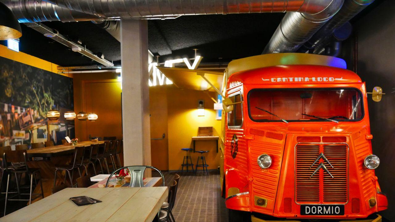 Dormio Resort Maastricht Food Court4