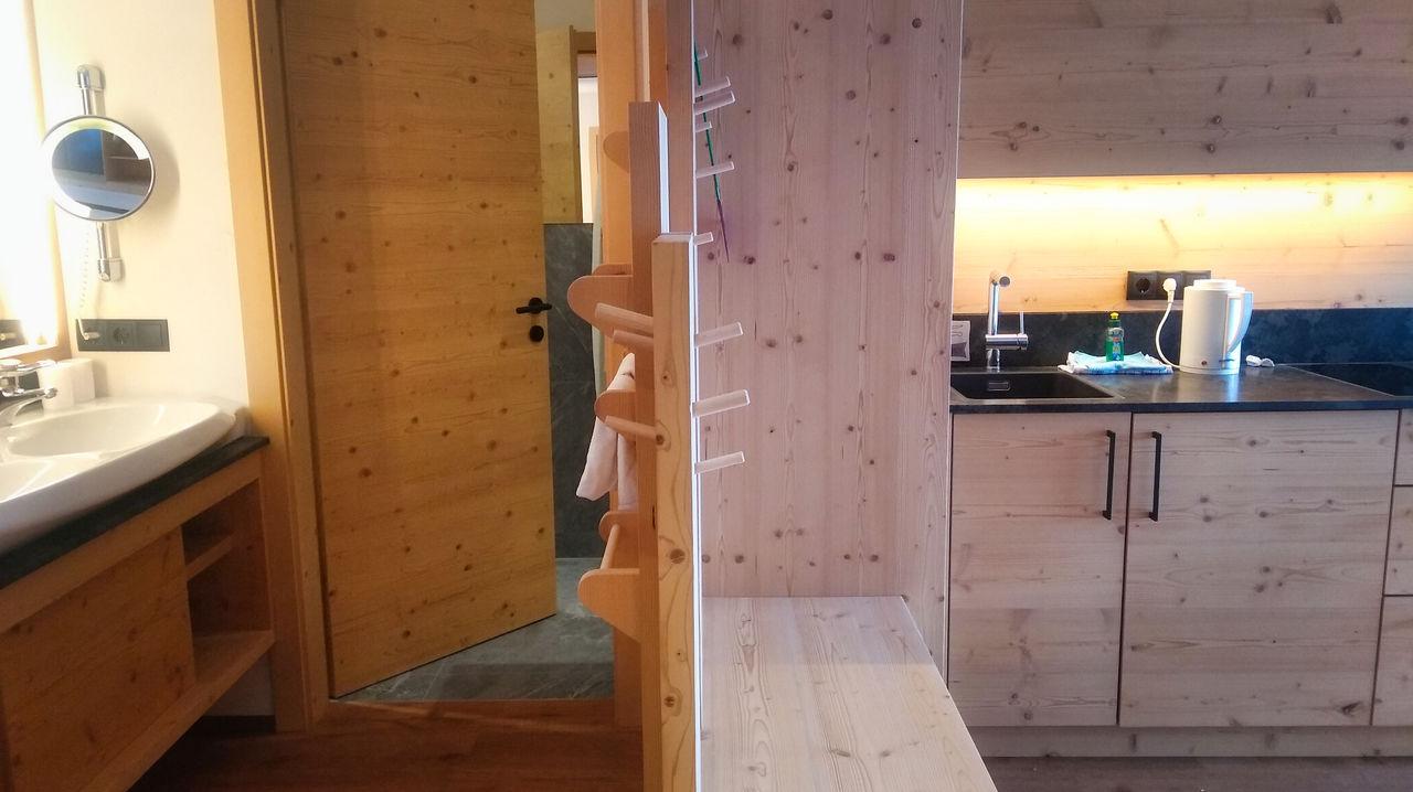 Family Home Alpenhof Zuid Tirol familiekamer kitchenette