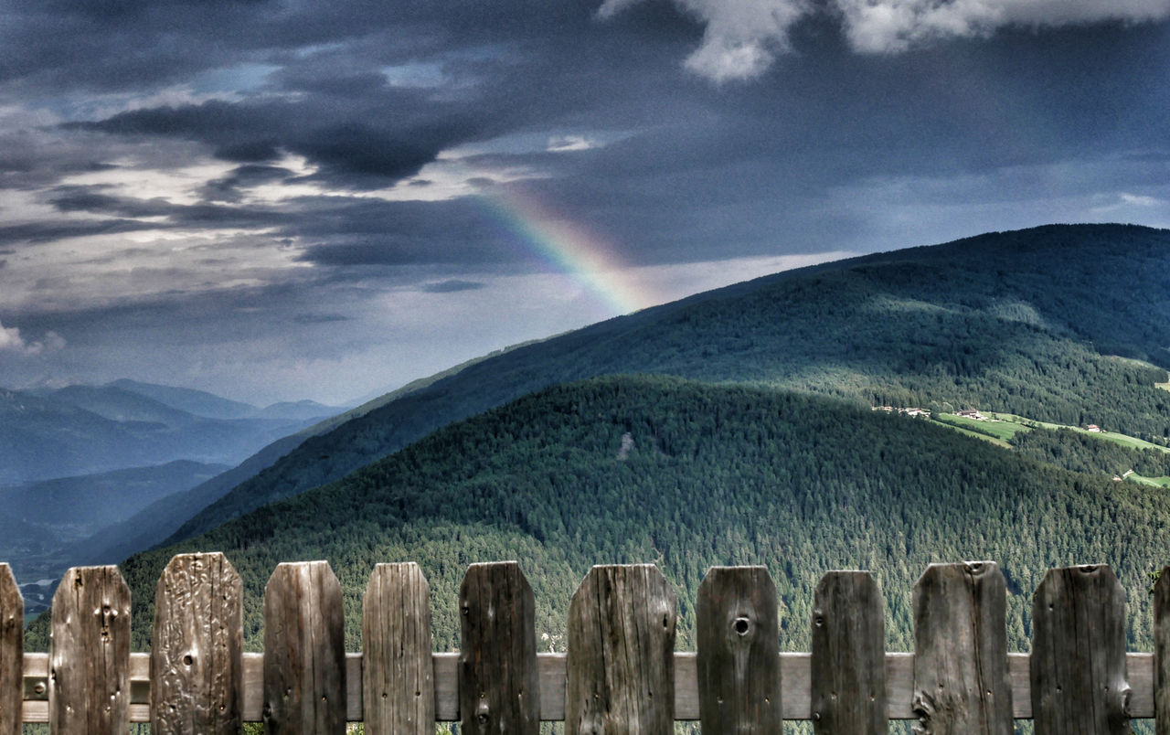Family Home Alpenhof Zuid Tirol regenboog