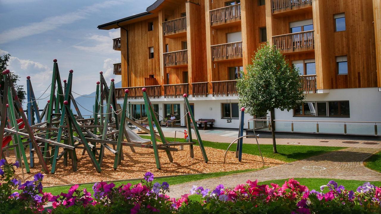 Family Home Alpenhof Zuid Tirol speeltuin2