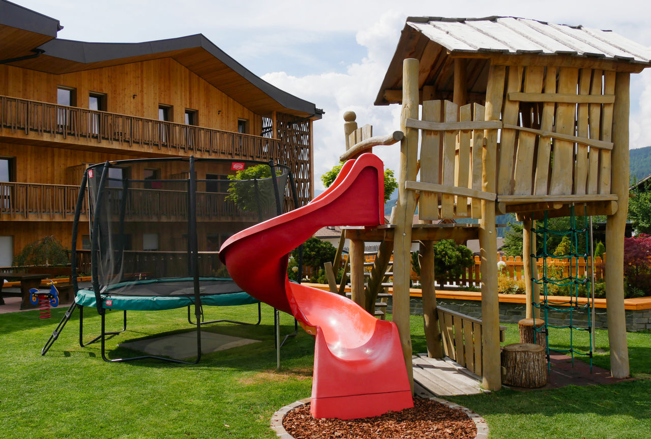 Family Home Alpenhof Zuid Tirol speeltuin23