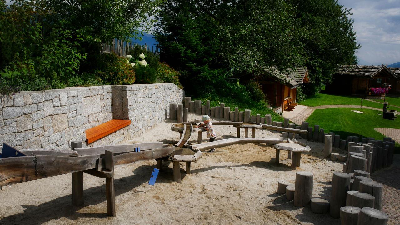 Family Home Alpenhof Zuid Tirol water en zandplaats