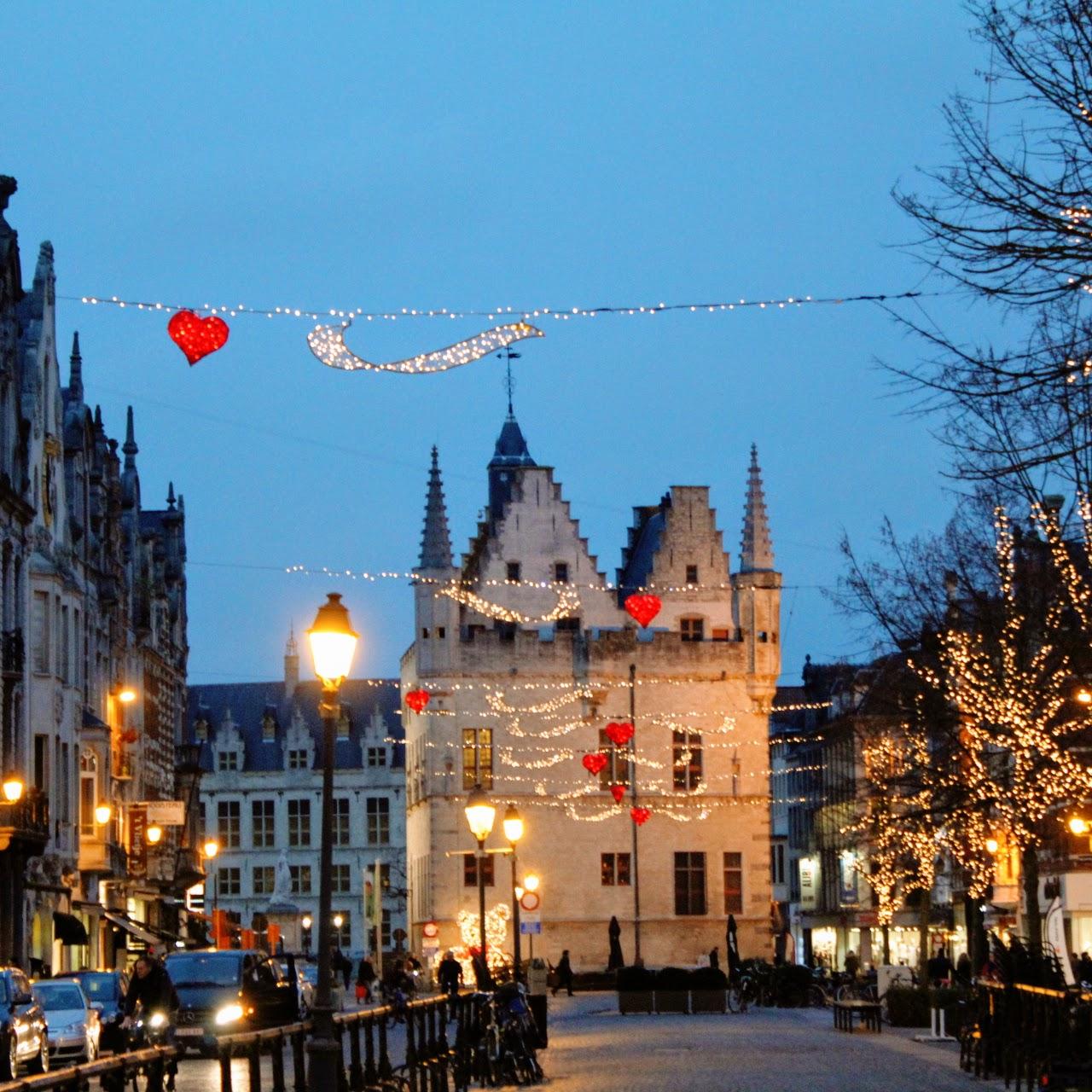 Mechelenbynight