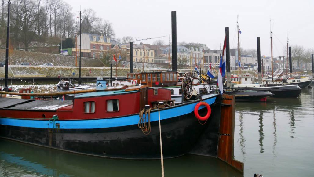 BB Opoe Sientje Nijmegen historische haven