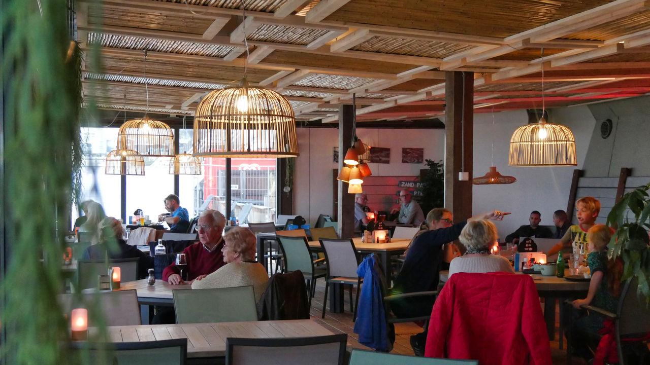 Pier 7 Zandpaviljoen restaurant2