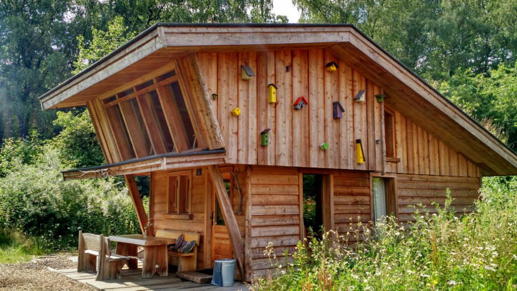 Veluwse Zwerfhut huisje in de natuur Veluwe
